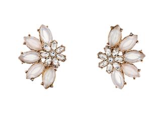 statement earrings accesorize